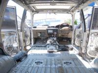 ランクル80 下取り車両のインテリアクリーニング