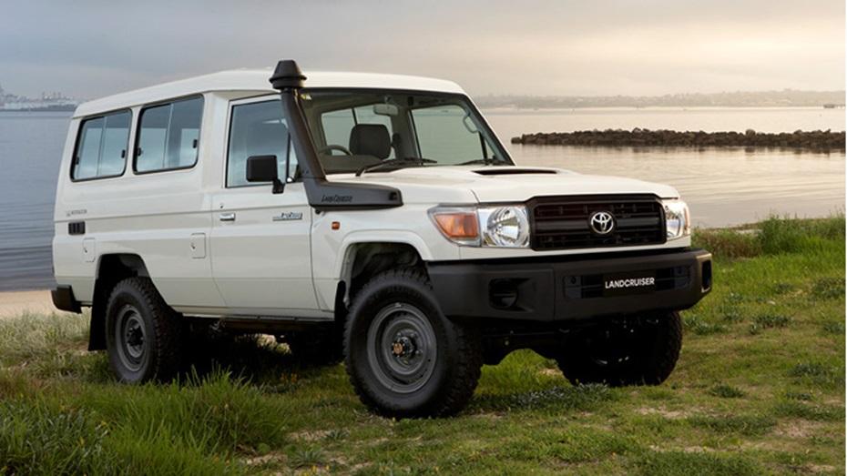 オーストラリア仕様、逆輸入車のランクル70(ランクル76)とは?