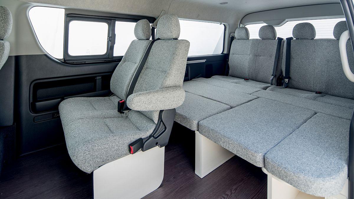 ROOM CAR 01 フルフラットシート