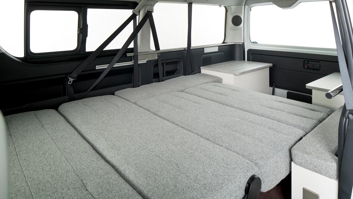 ROOM CAR 01 リアテーブルシート