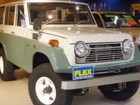 トヨタ ランドクルーザー55:個人向けステーションワゴンとしてデザインされたモデル