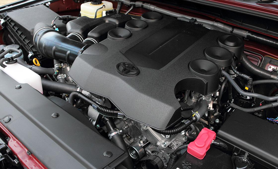 FJクルーザーのV6エンジン