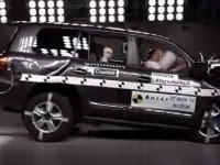 トヨタ ランドクルーザー200はどれだけ安全な車なの? 実際にぶつけてみました