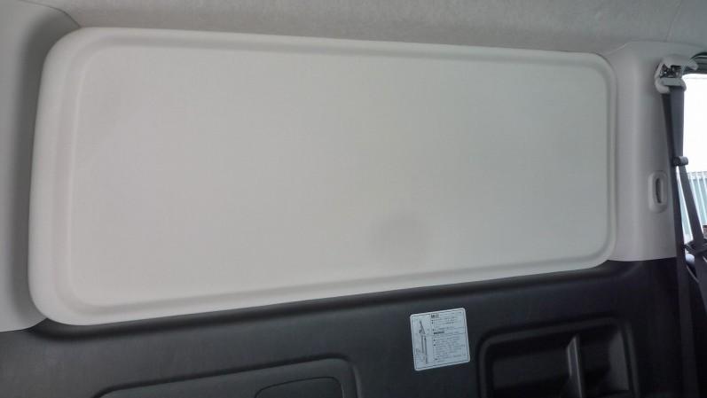ウィンドウベースカラーは純正色に合わせたライトグレー