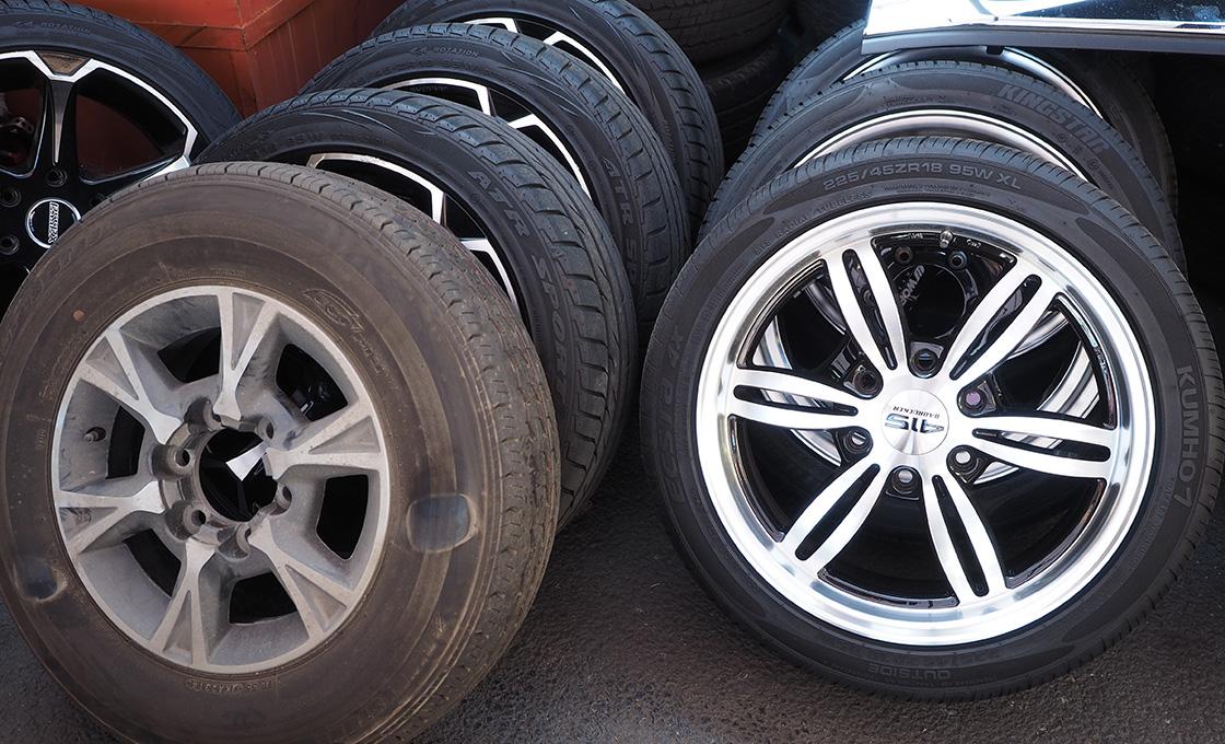 ホイール強度、タイヤ荷重に注意