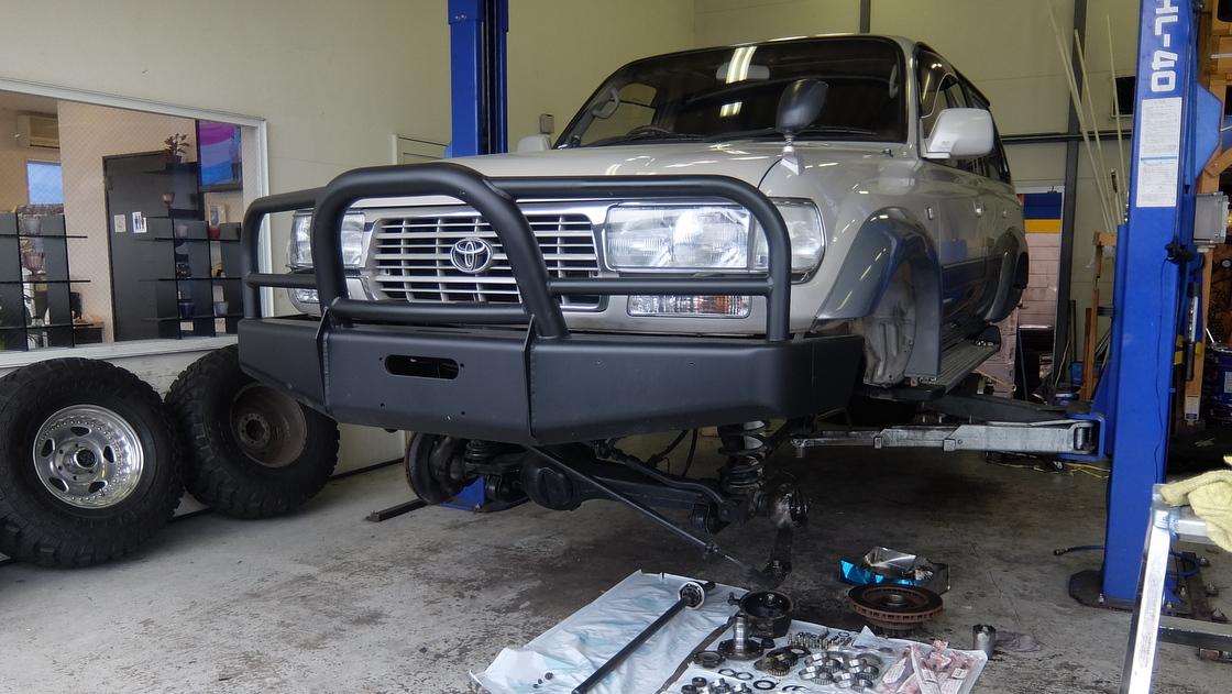 ランクル80のアクスルオーバーホール ランクル大阪店の納車整備