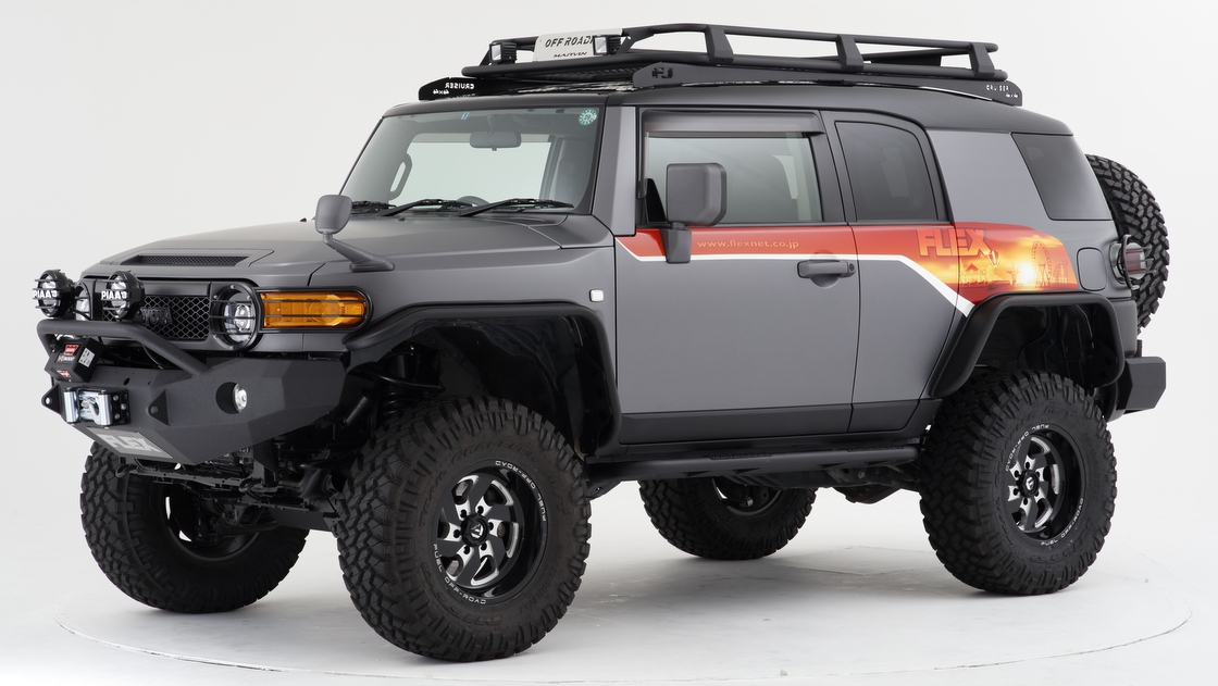 【売れてるのはコレ】4WD車のあるべき姿 厳選クロカンパーツで武装したトヨタ FJクルーザーのカスタム