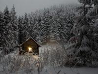 冬のアウトドアに最適なコテージ泊