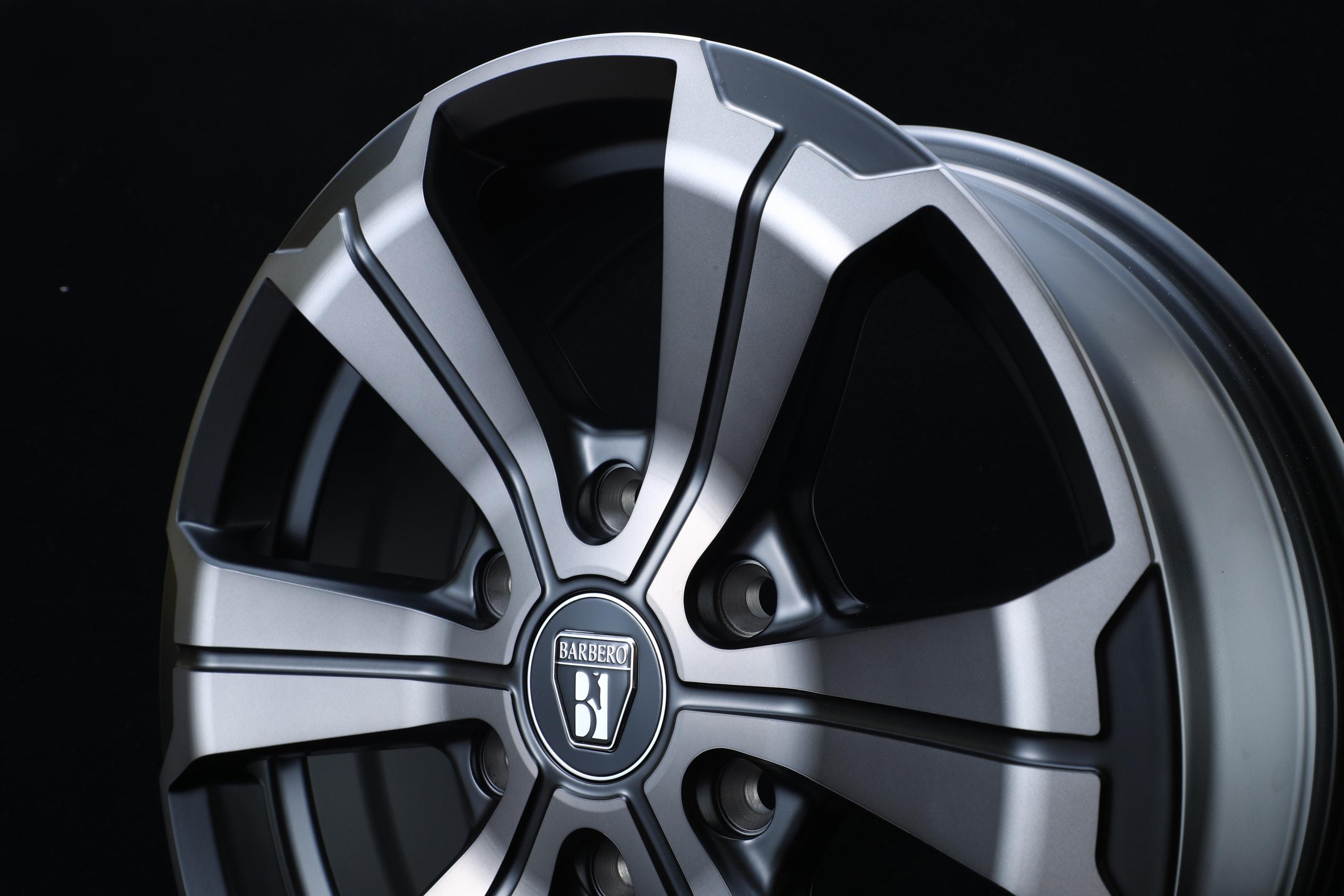 【車好きはこだわる】FLEX限定カラー ハイエースホイール U-GRANDE・W-DEEPS