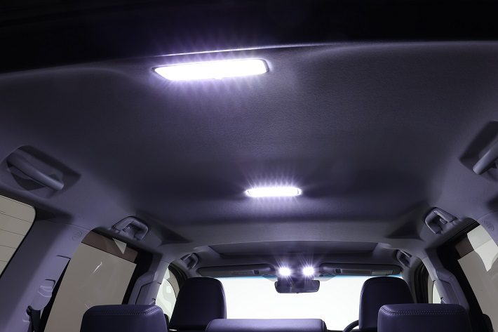 ULTIMATE LEDルームランプ 150プラド